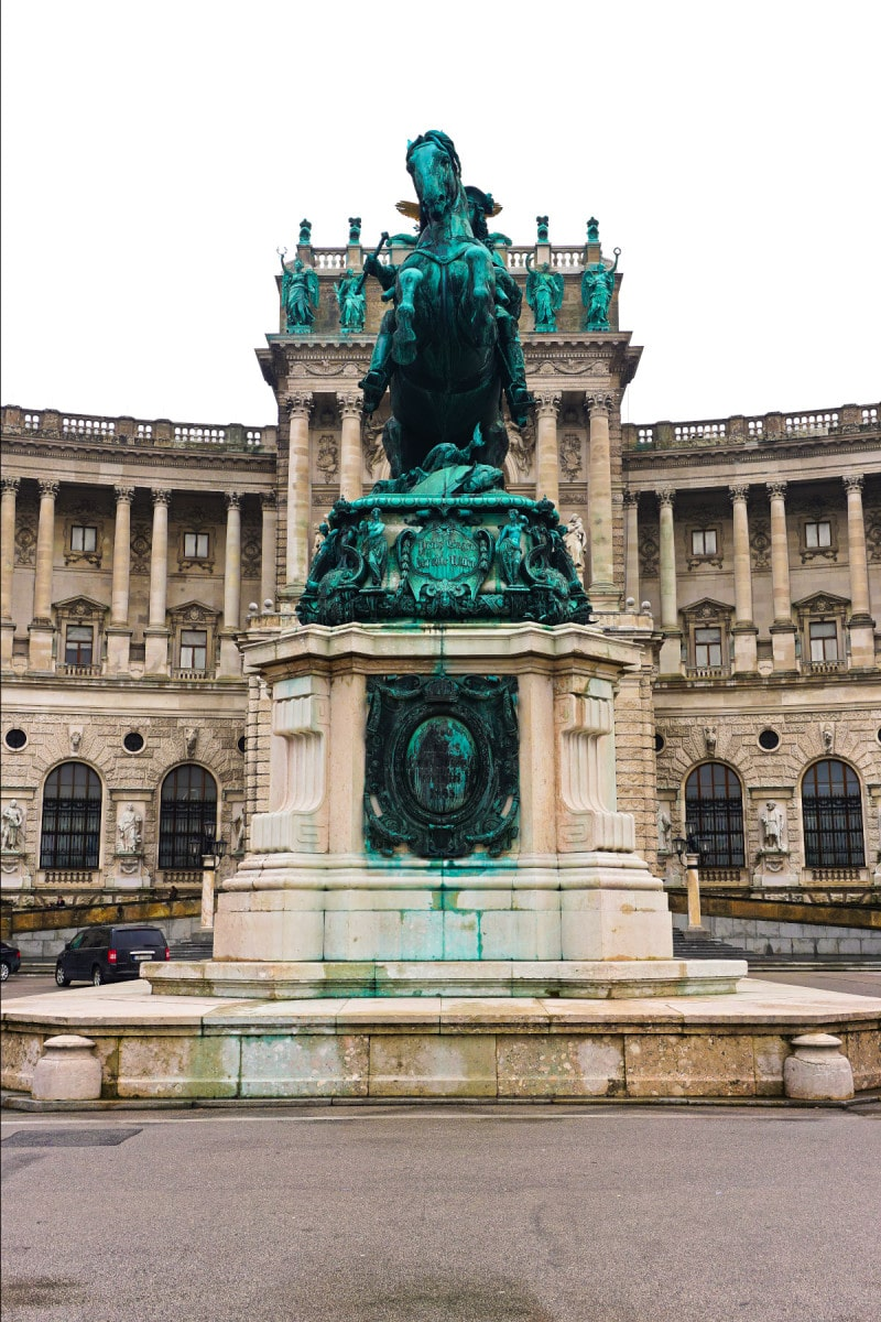 Vienna in 6 Photos via Wayfaring With Wagner