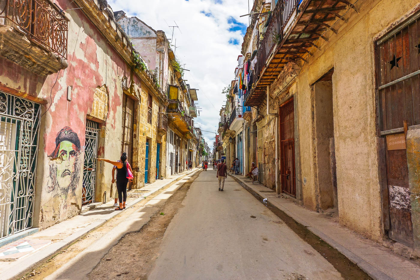 Car Paint Colors >> Photo Diary of Old Havana - Wayfaring With Wagner