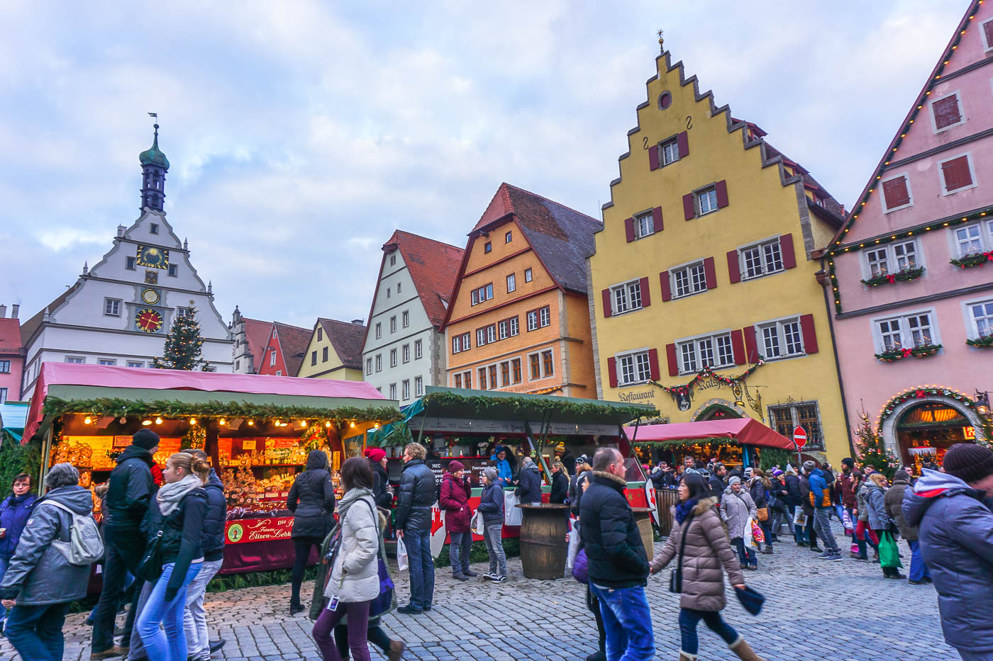 Rothenburg ob der Tauber Christmas Markets via Wayfaring With Wagner