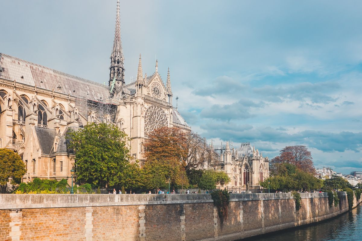 Notre Dame via Wayfaring With Wagner
